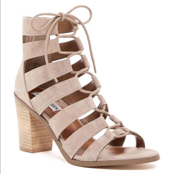 7afdc43cc38 Steve Madden Dessie Lace Up Sandals. M 5c4df57daaa5b8315fecdacd